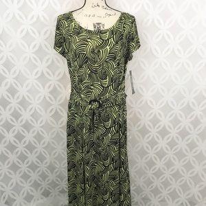 Perceptions Dresses - Perceptions Short Sleeve Fit & Flare Dress NWT